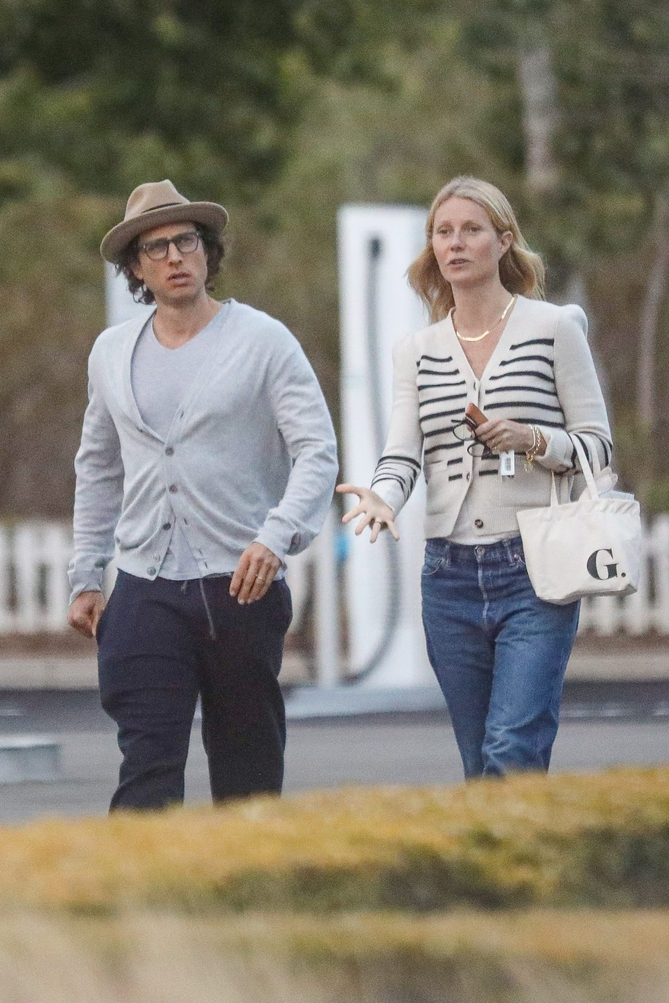 Gwyneth Paltrow Goes Makeup Free & Sported a Sailor Look as she Takes a Stroll with Hubby