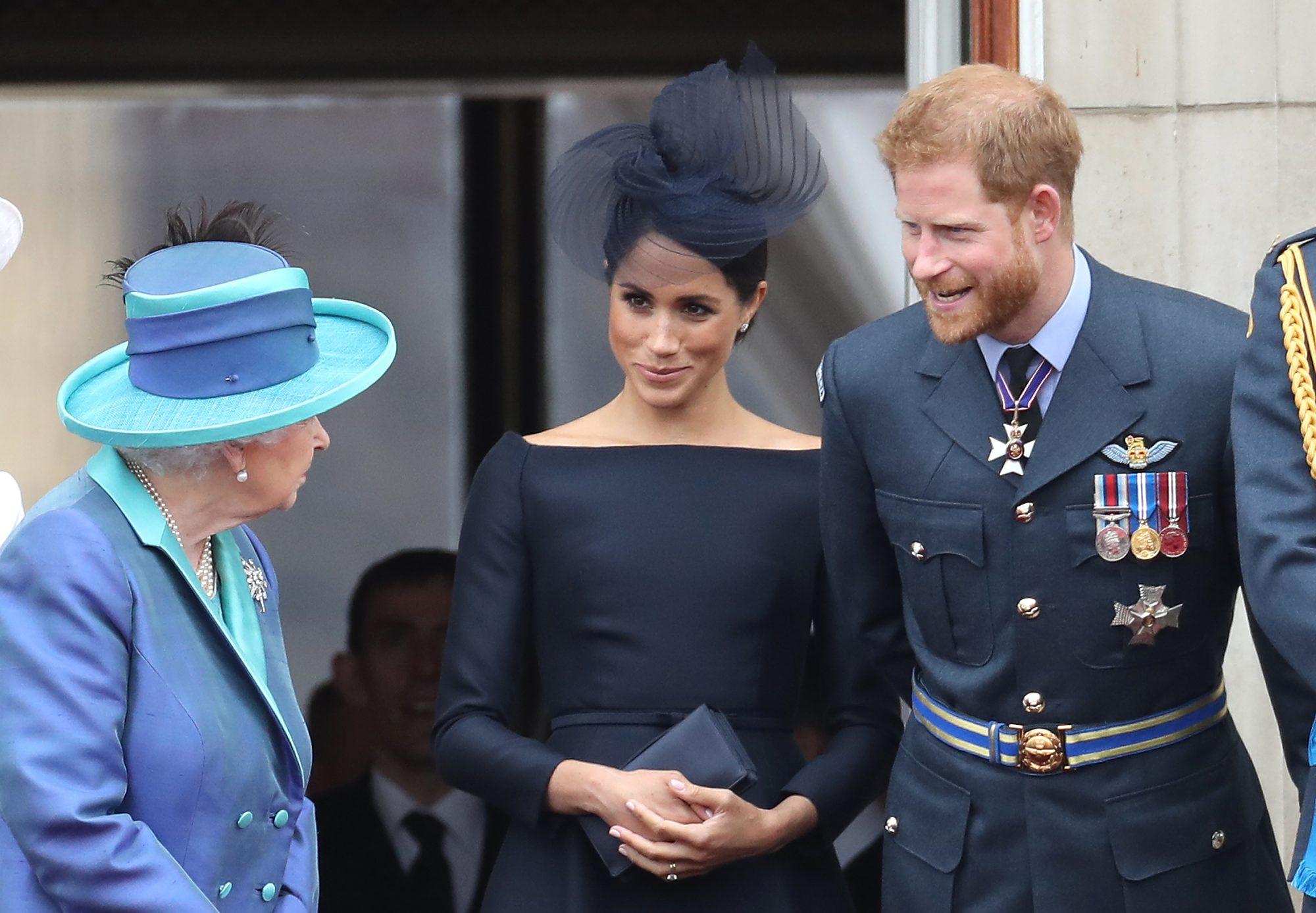Reina Isabel, Meghan Markle y el príncipe Harry