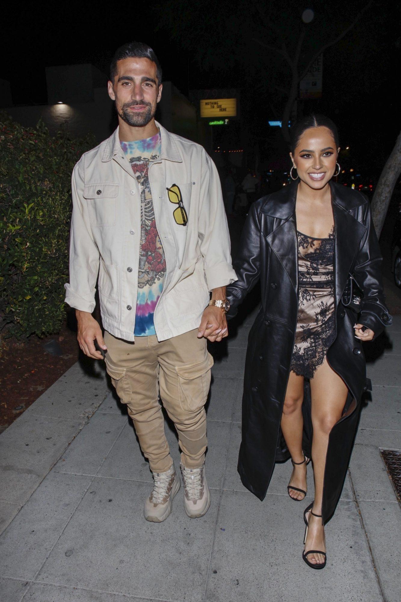 Sebastián Lletguet y Becky G