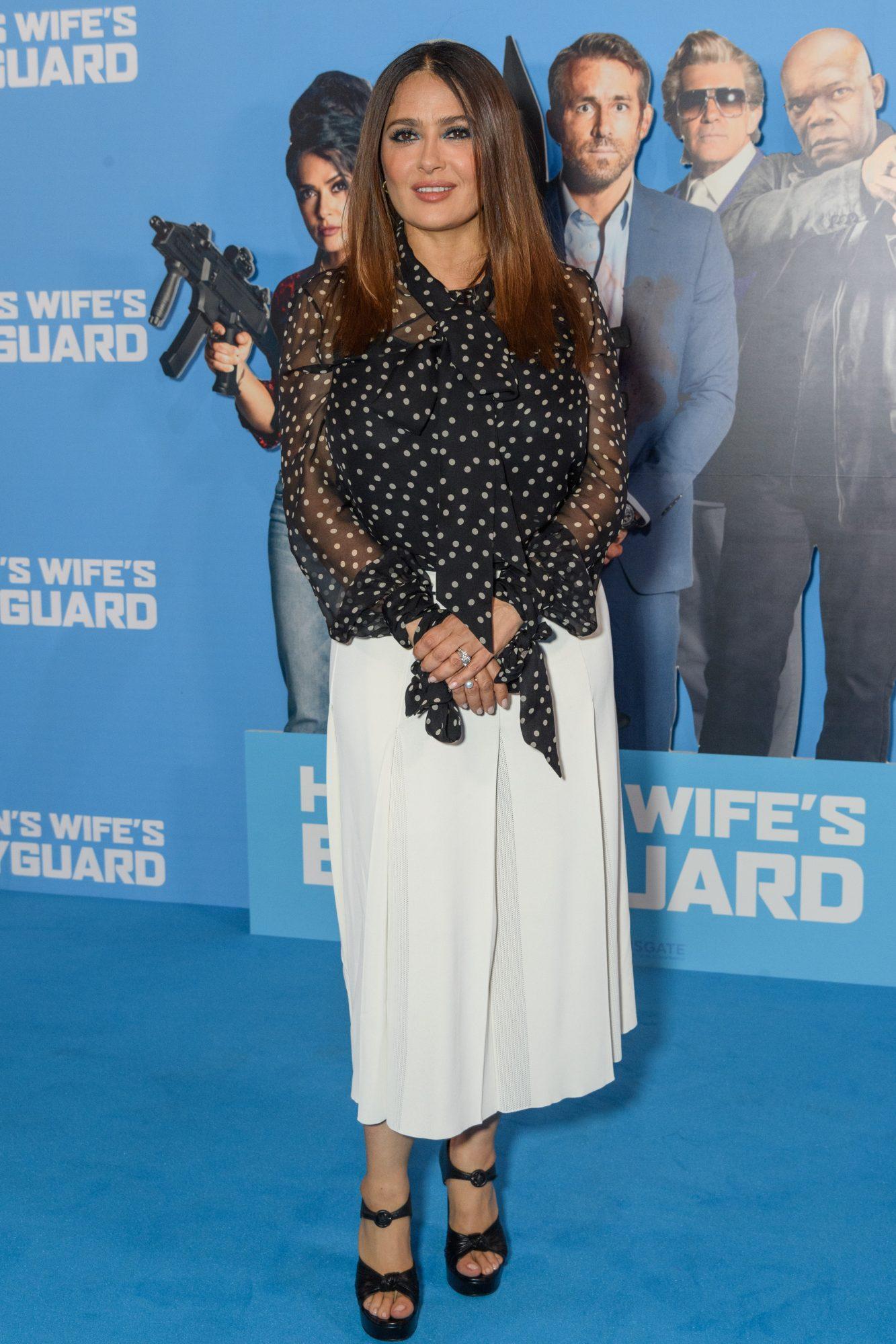 Salma Hayek, look del dia, premier The Hitman's Wife