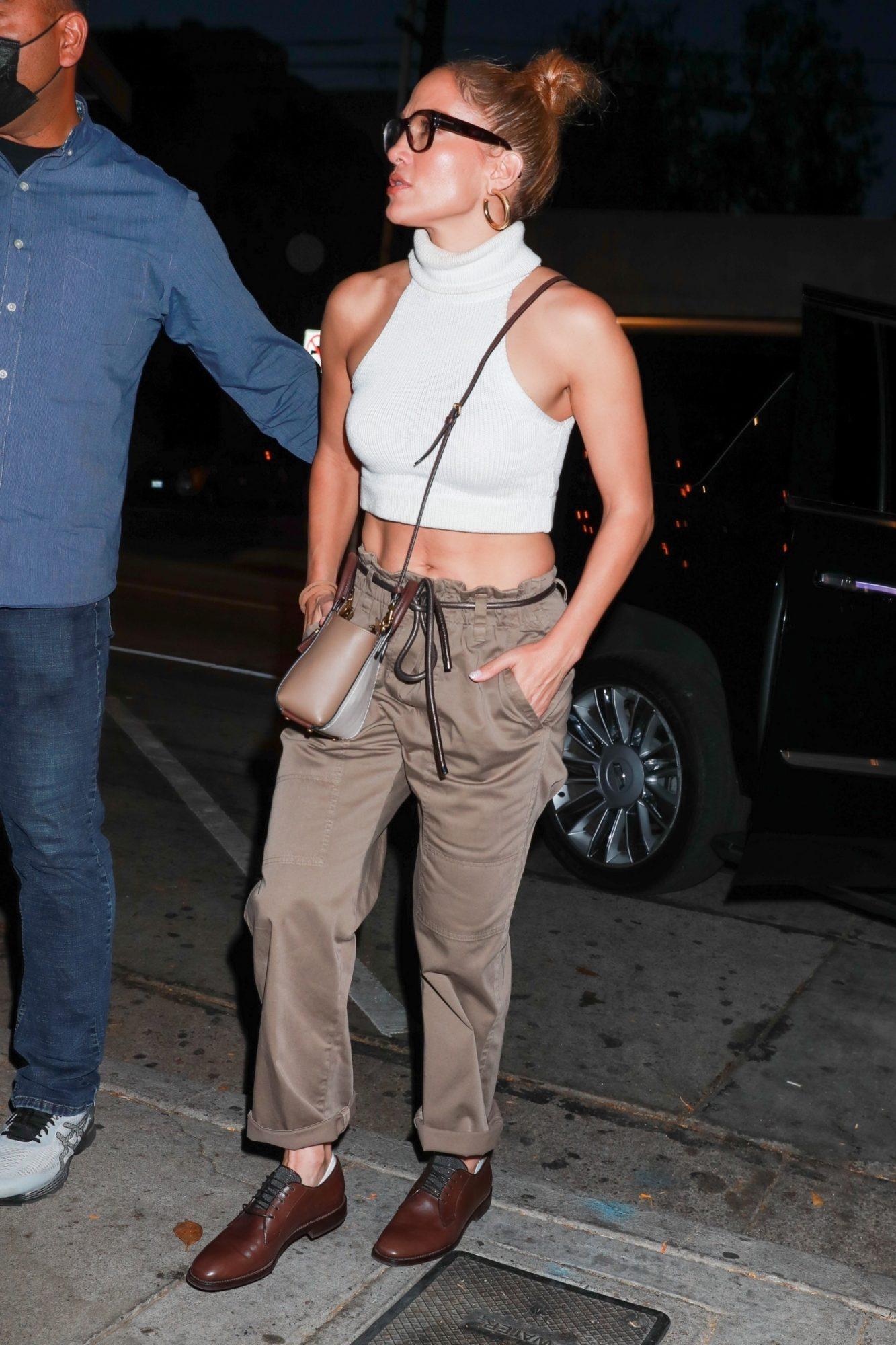 Jennifer Lopez, look del dia, estomago de acero, hollywood