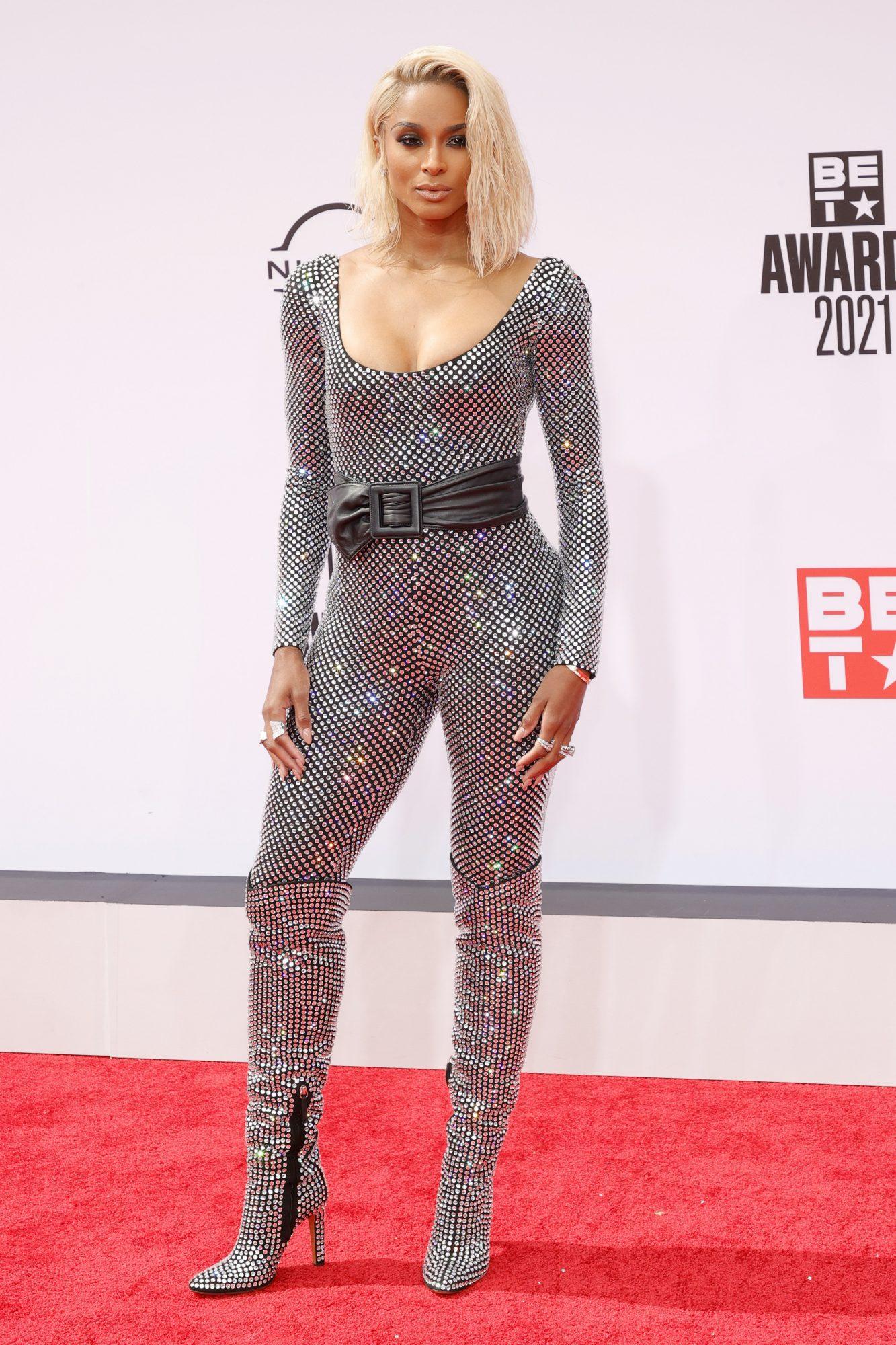 Ciara, Jumpsuit de brillo, BET Awards
