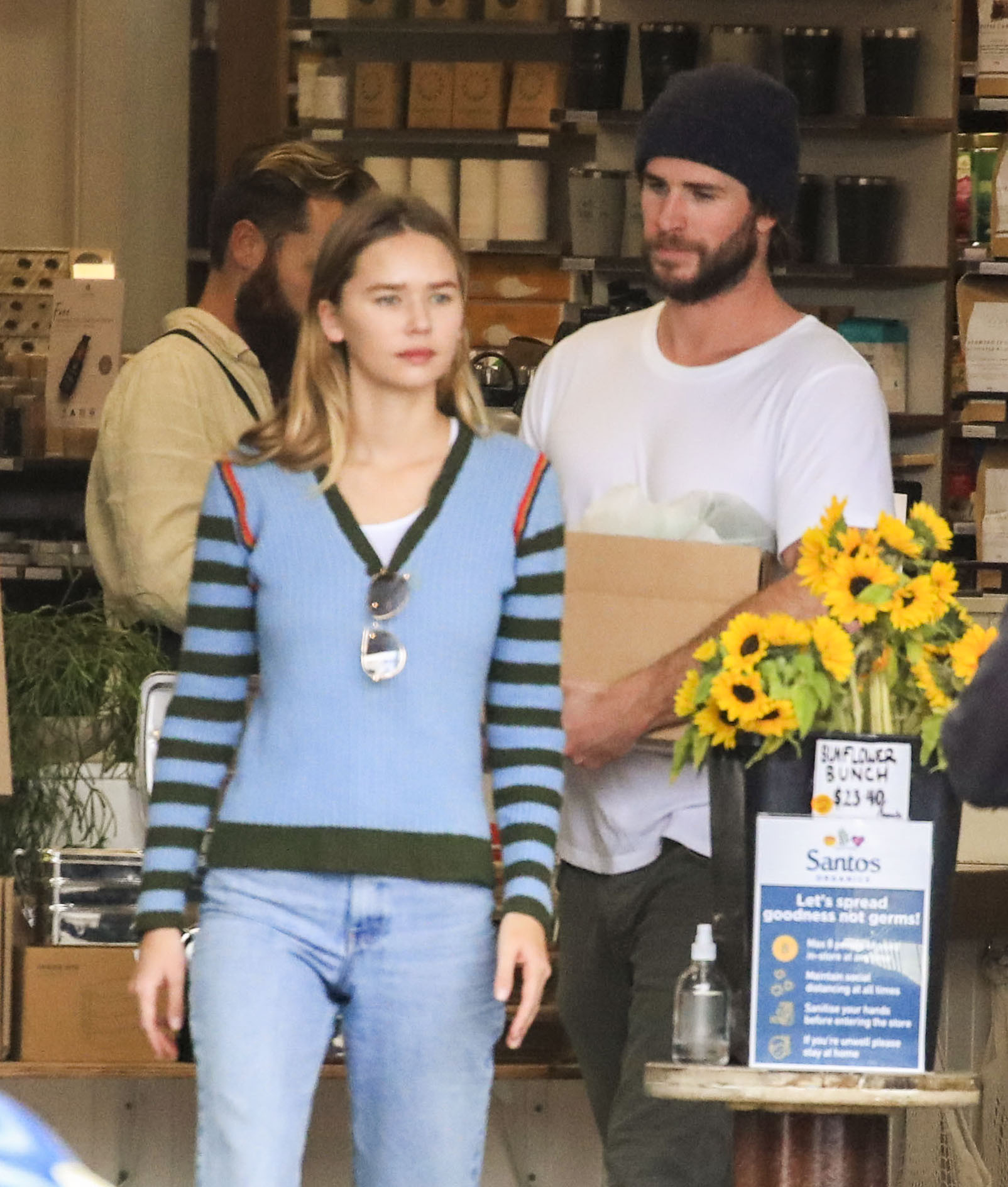 Liam Hemsworth and Gabriella Brooks Pick Up Groceries in Byron Bay