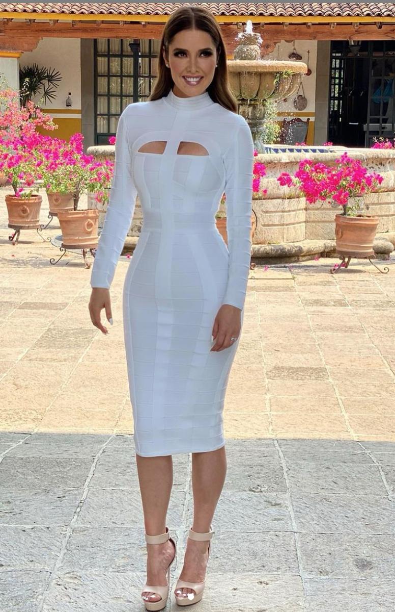 Marlene Favela, look del dia, vestido blanco