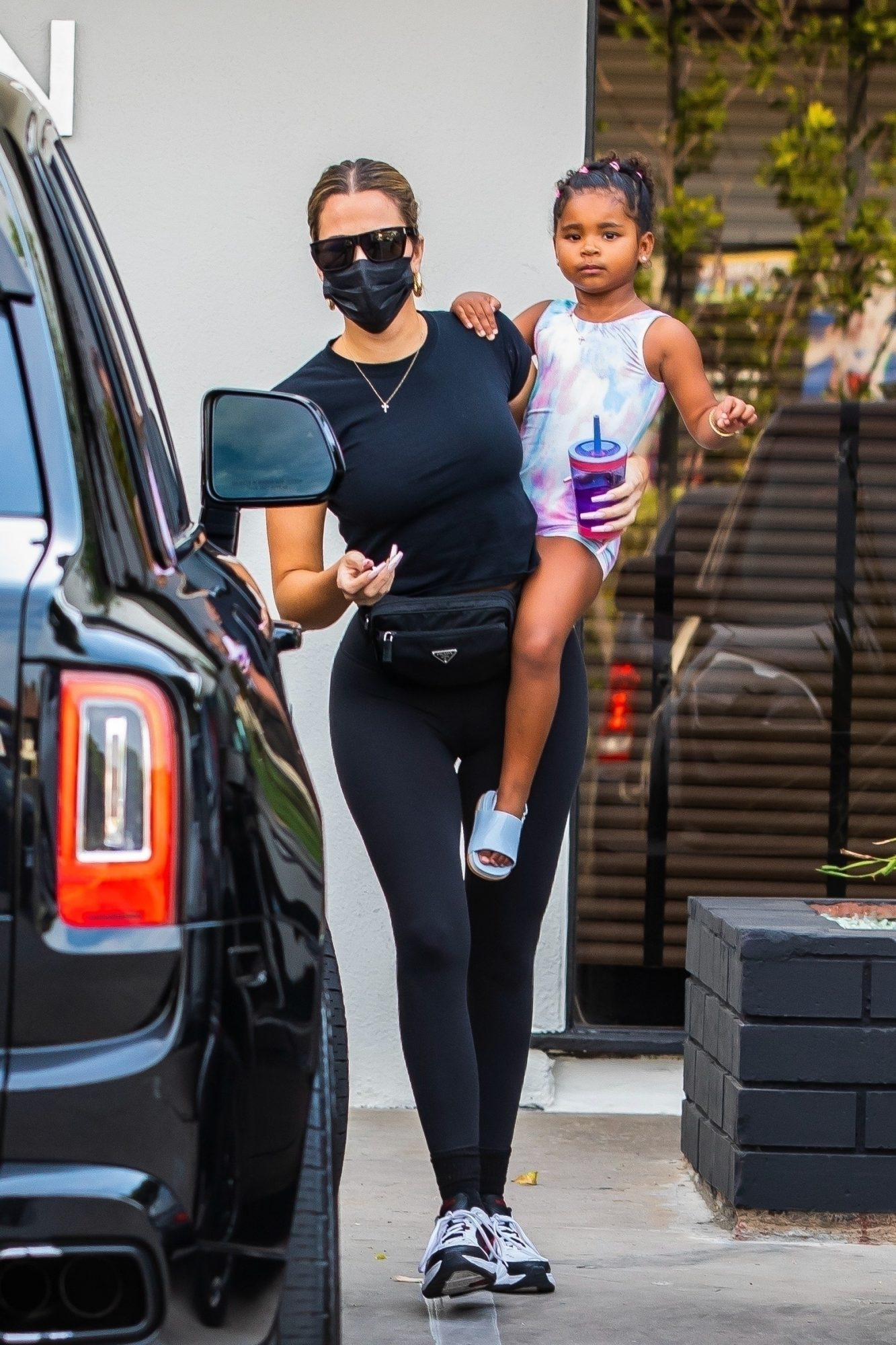 Khloe Kardashian Shows Off her Fit Physique as she Takes True to a Dance Class