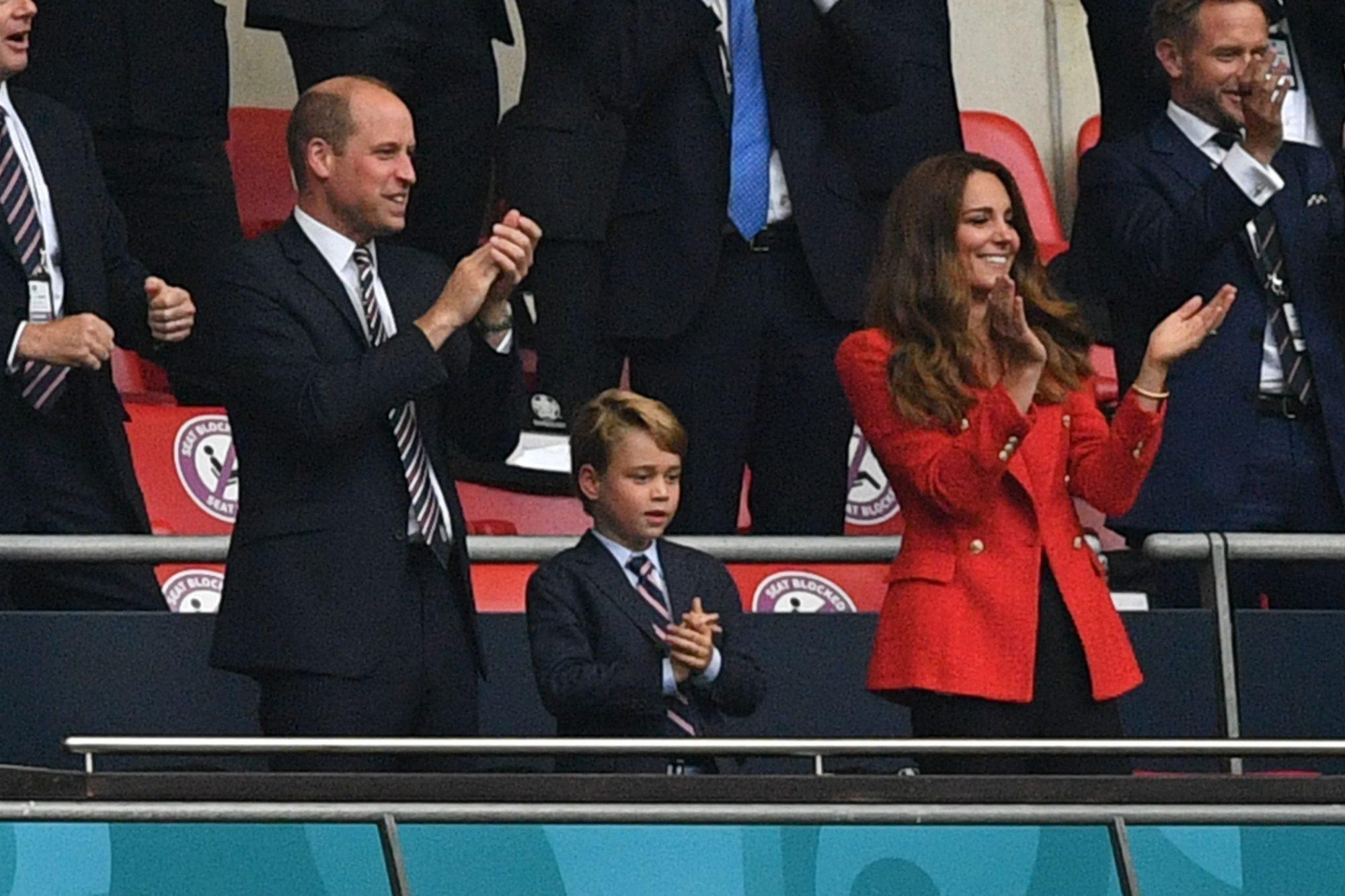 Kate Middleton Blazer rojo euro copa