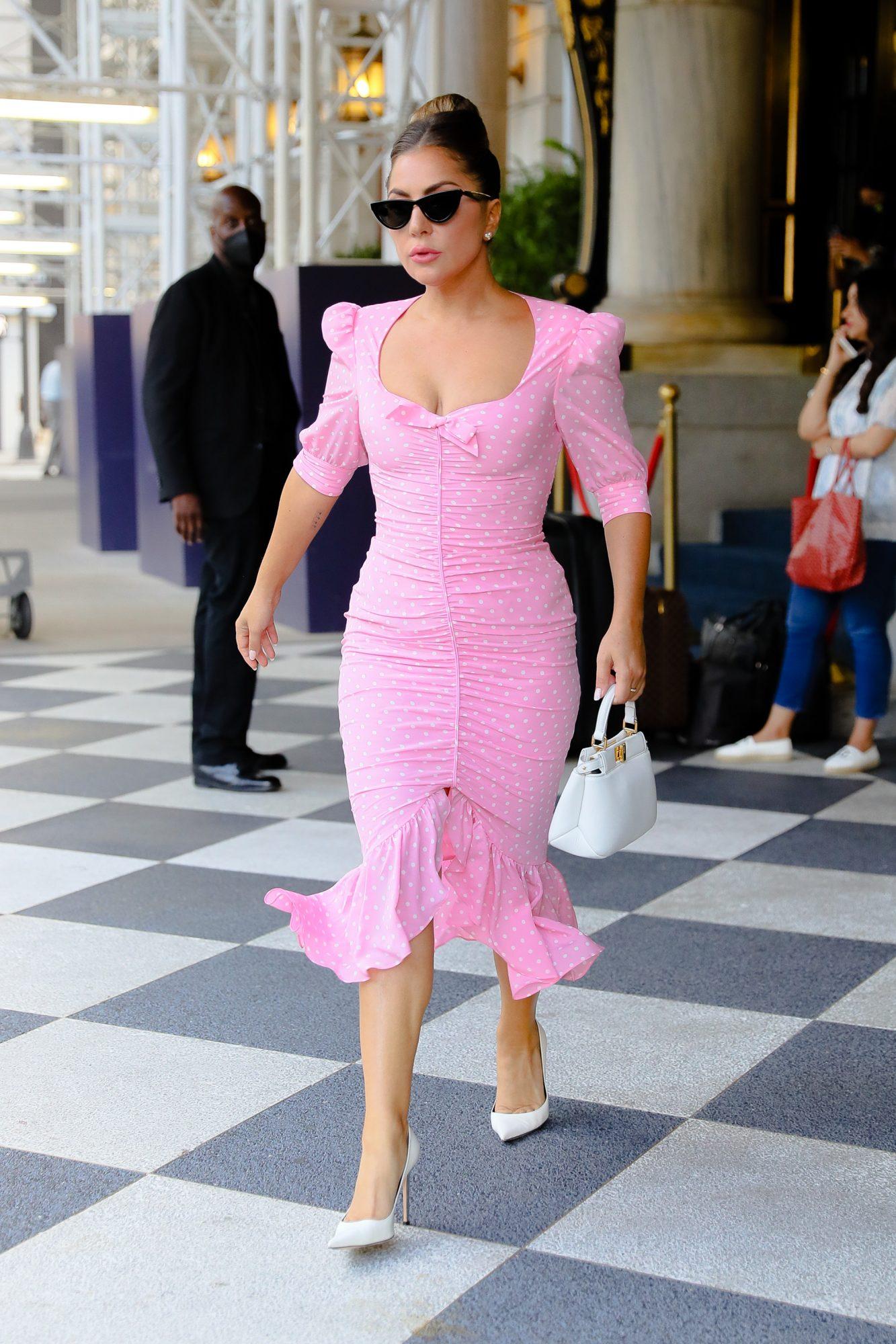 Lady Gaga, vestido rosado, New York