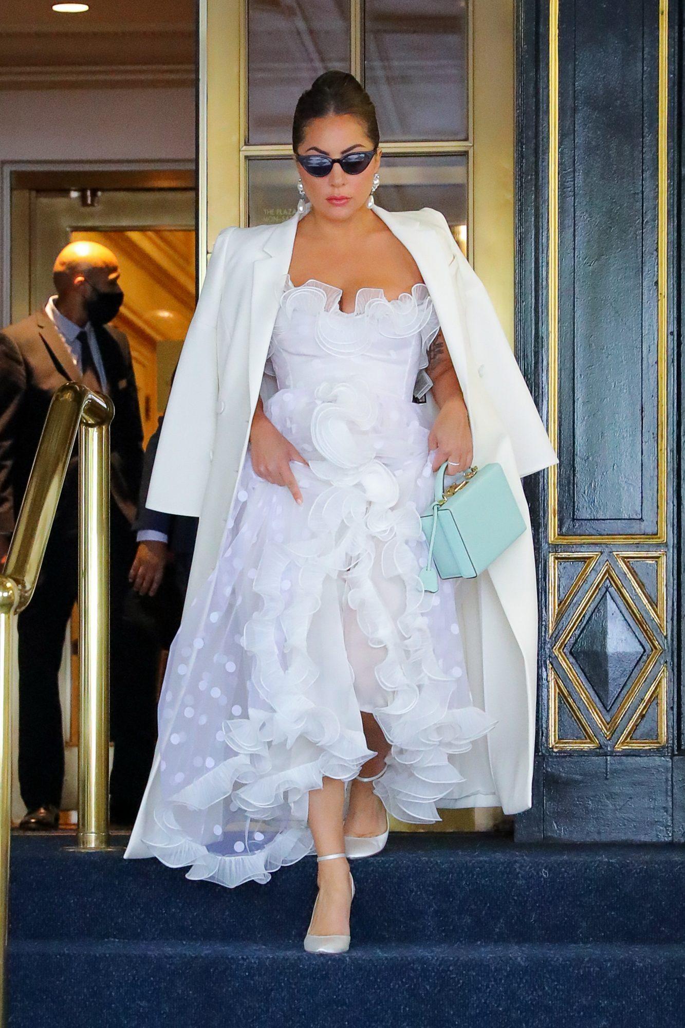 Lady Gaga, look del dia, vestido blanco, new york