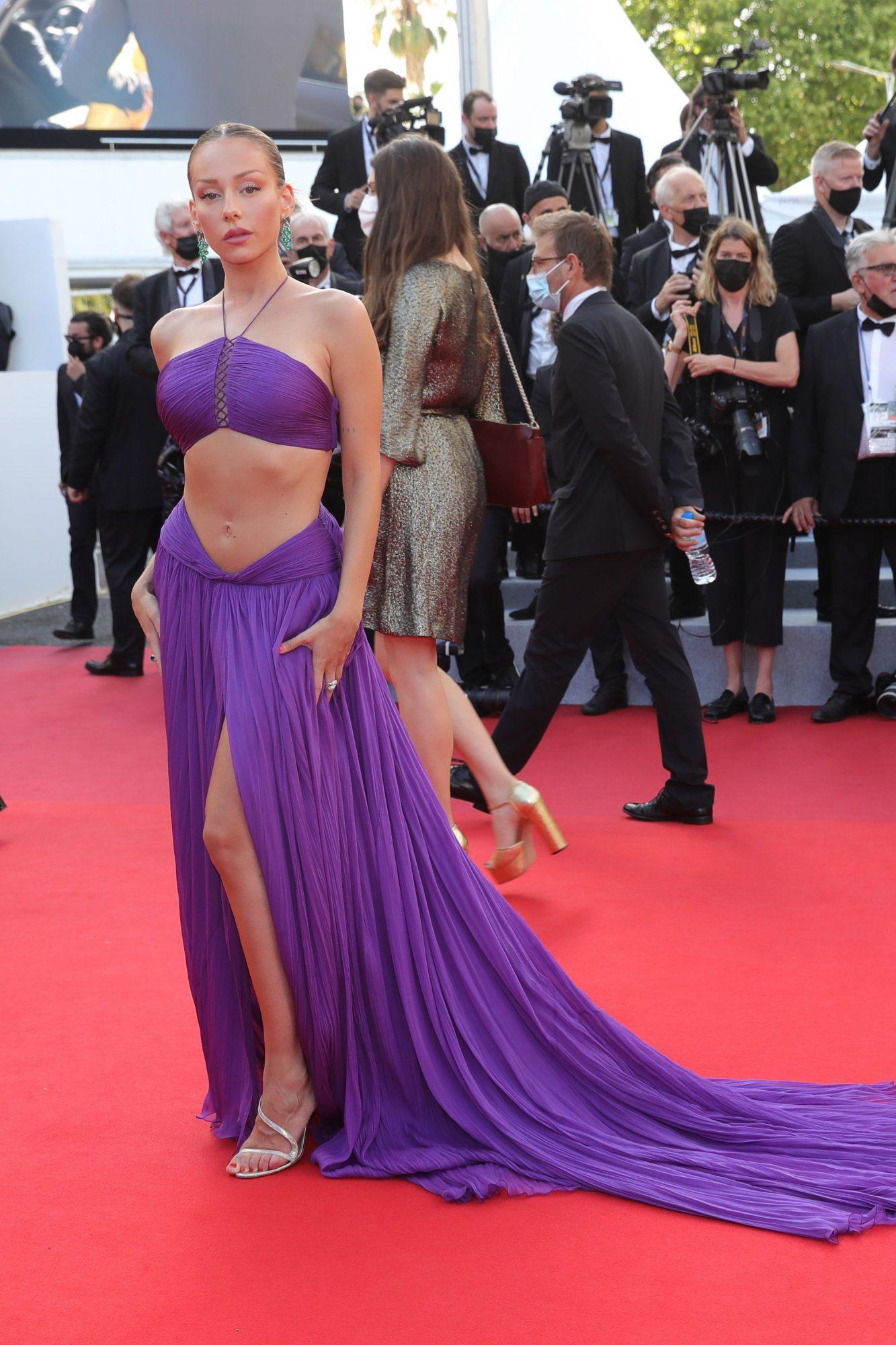 Festival de cine de Cannes alfombra roja, Ester Expósito