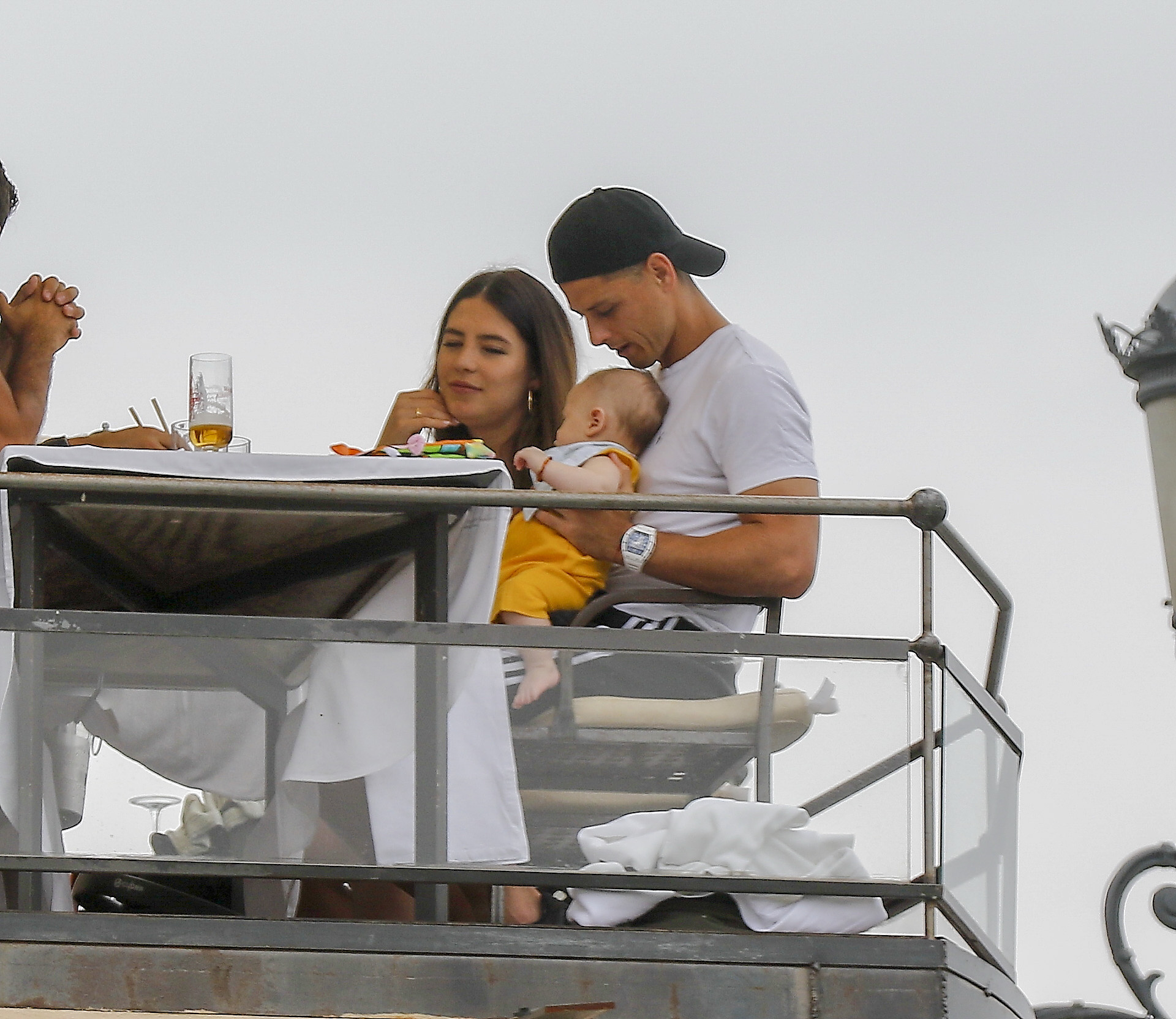 Javier Chicharito Hernandez y Sarah Kohan