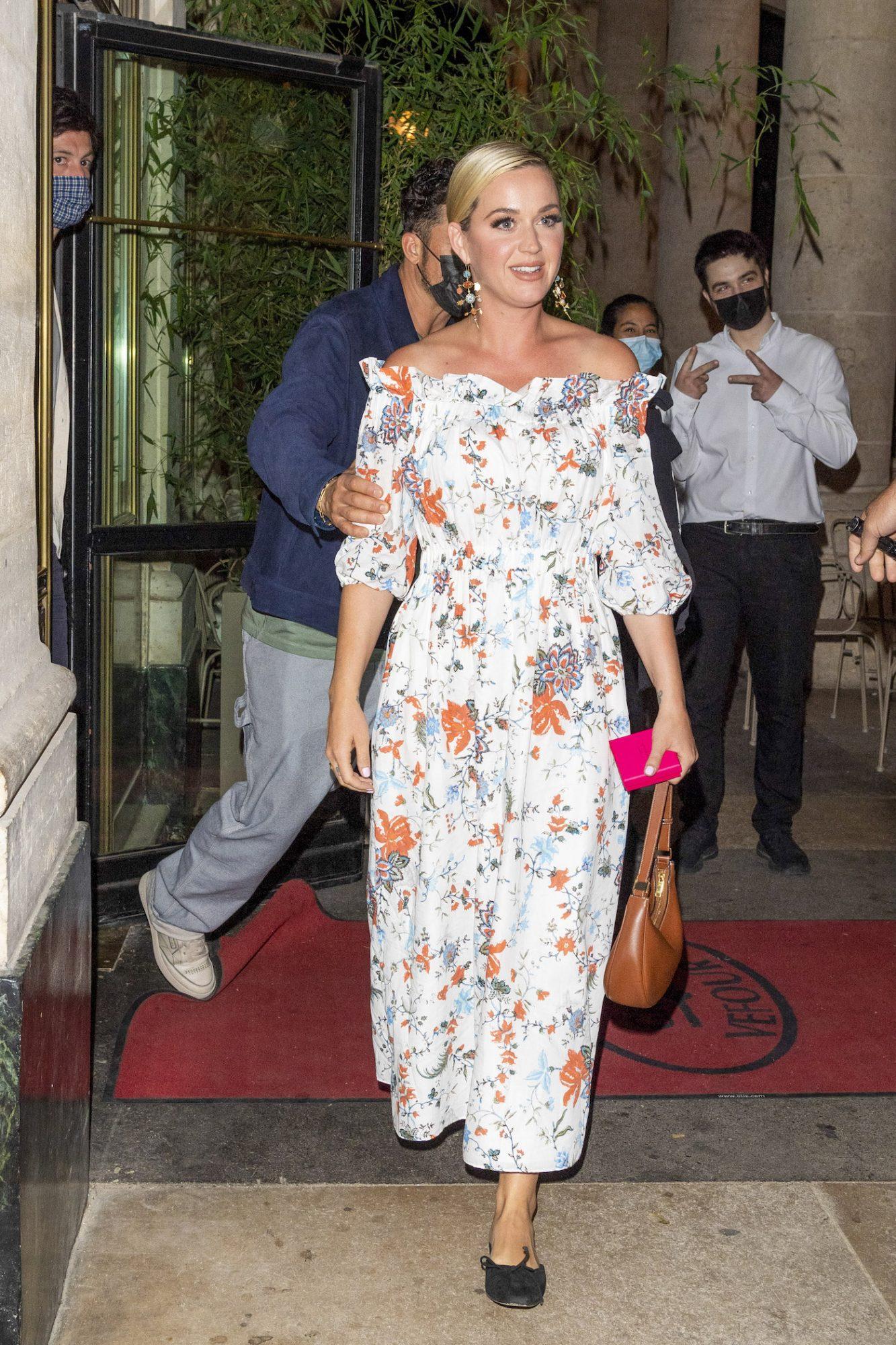 Katy Perry, look del dia, vestido estampado