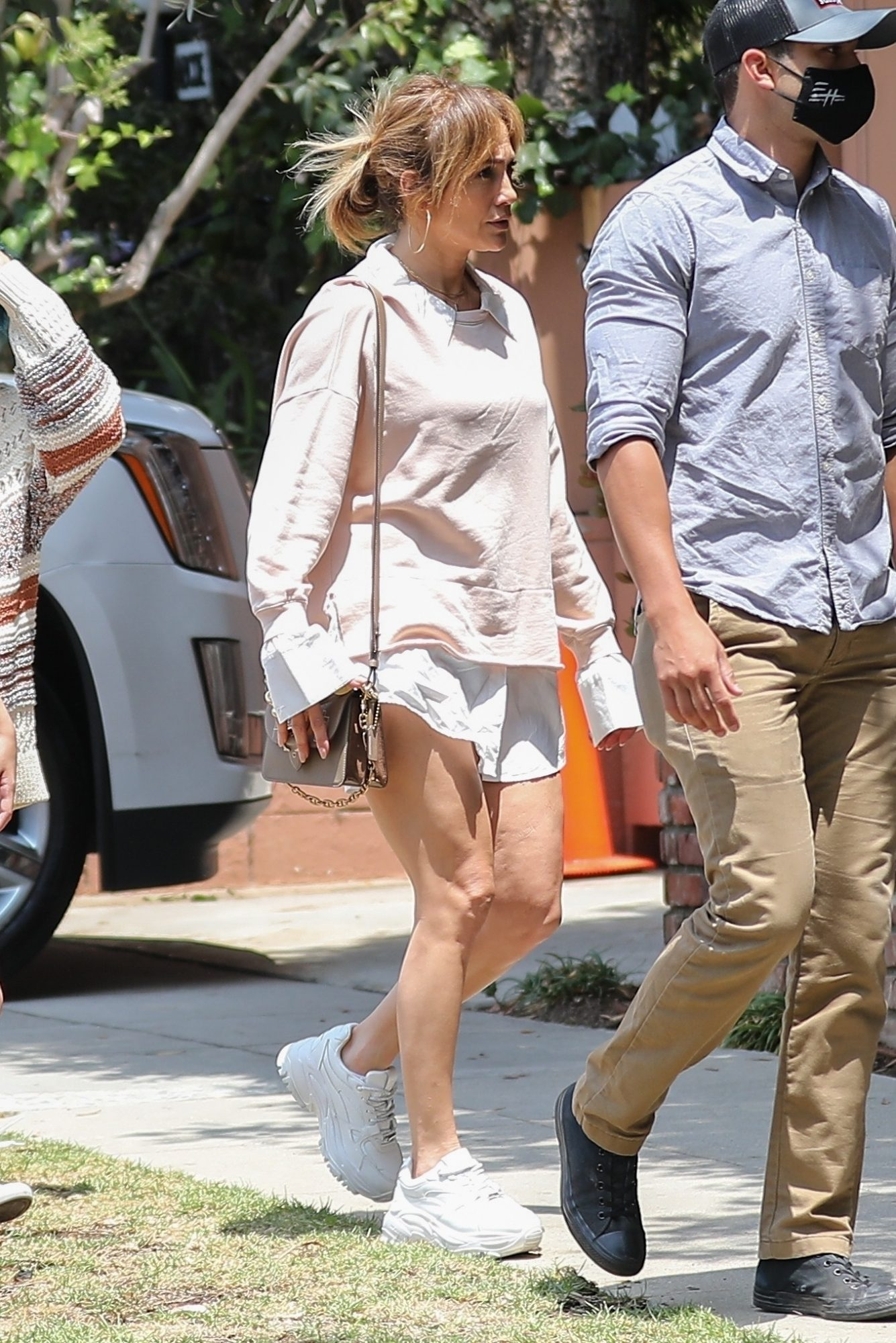 Jennifer Lopez, look deldia, pantalon corto