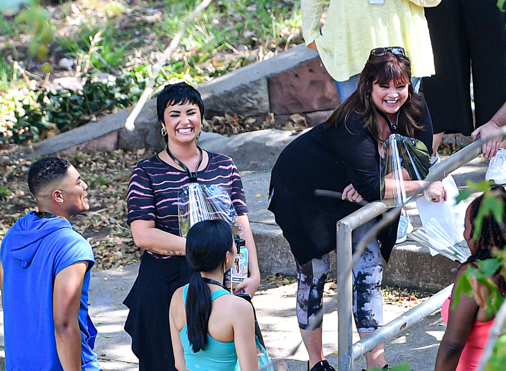 First Look! Demi Lovato And Valerie Bertinelli Have A Blast On Set Of New TV Pilot 'Hungry'