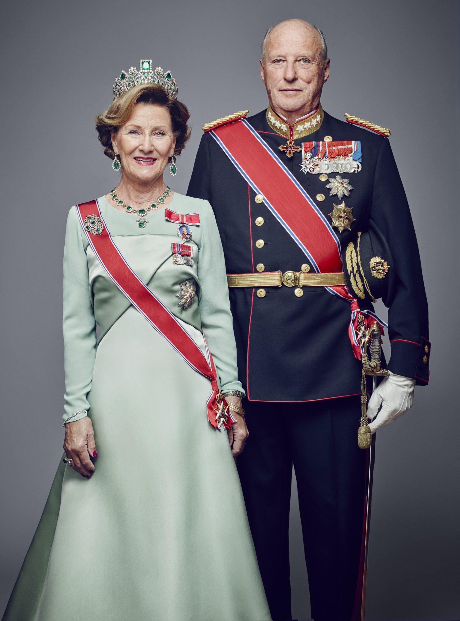 Reina Sonja y Rey Harald de Noruega