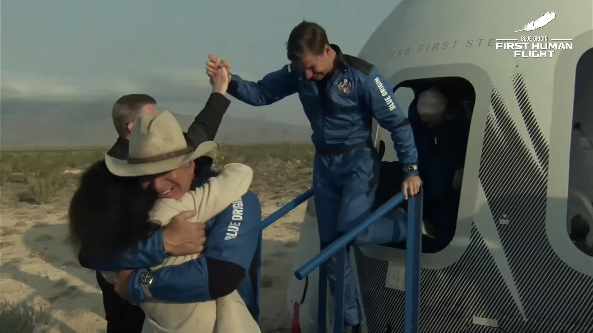 Jeff Bezos Lauren Sanchez Blue Origin Shepard Rocket