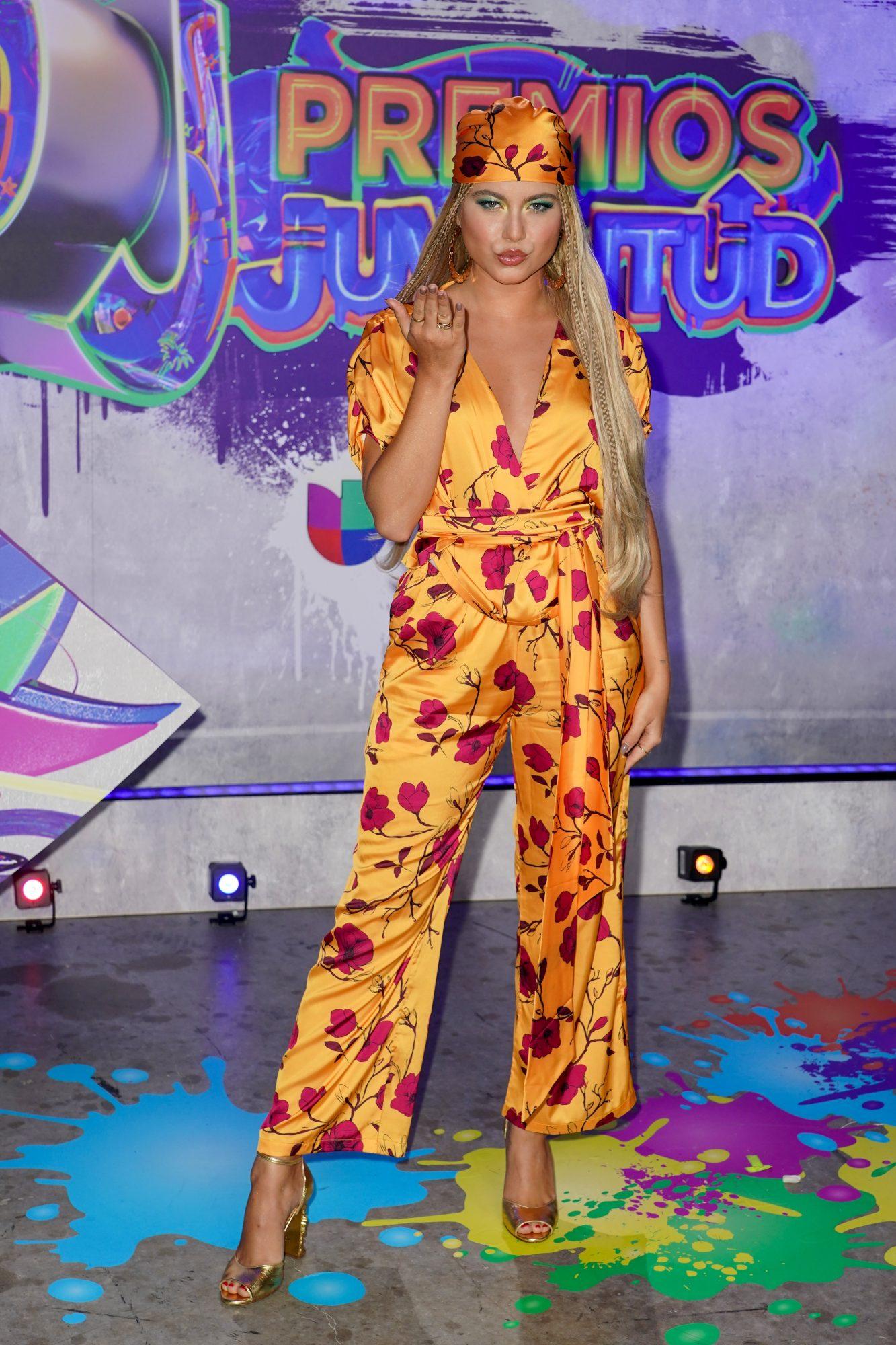 Sofia Reyes en Premios Juventud
