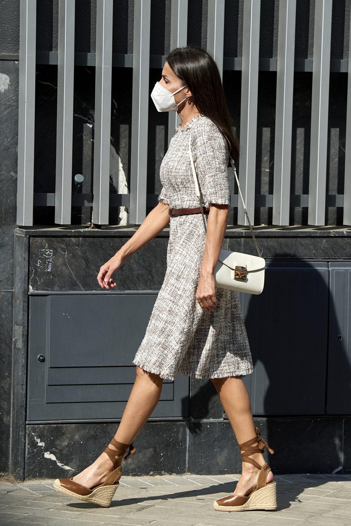 Reina Letizia, look del dia