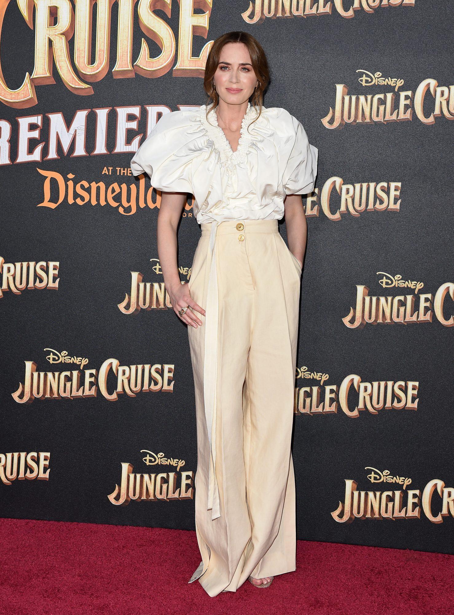 Emily Blunt, look en la premier Jungle Cruise
