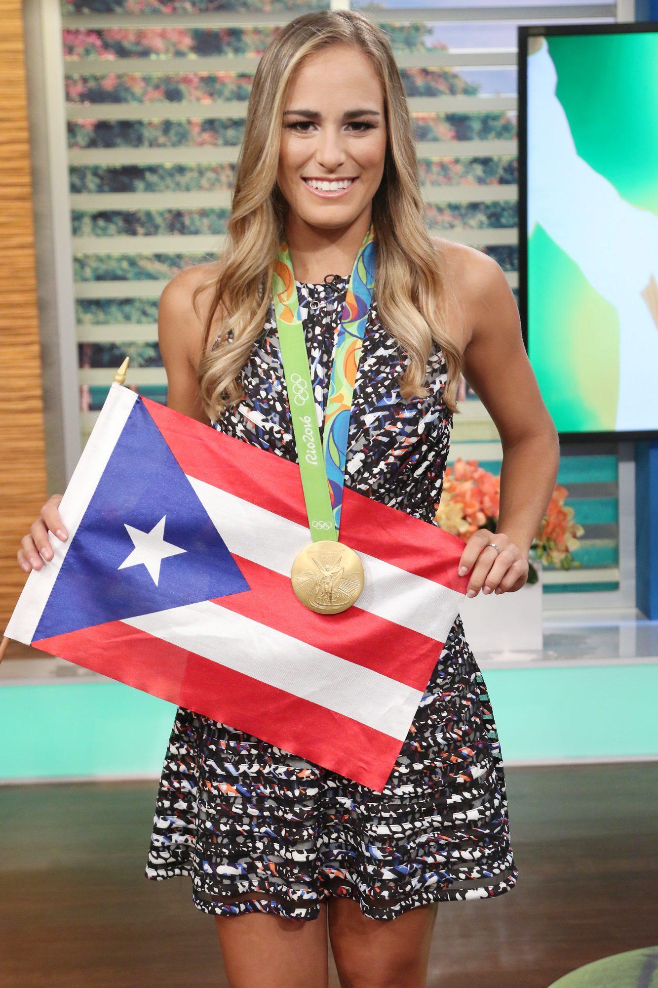 En la pasada edición de los juegos, la tenista boricua se convirtió en la primera campeona olímpica de Puerto Rico —y en la primera mujer que ganaba una medalla para su isla natal.