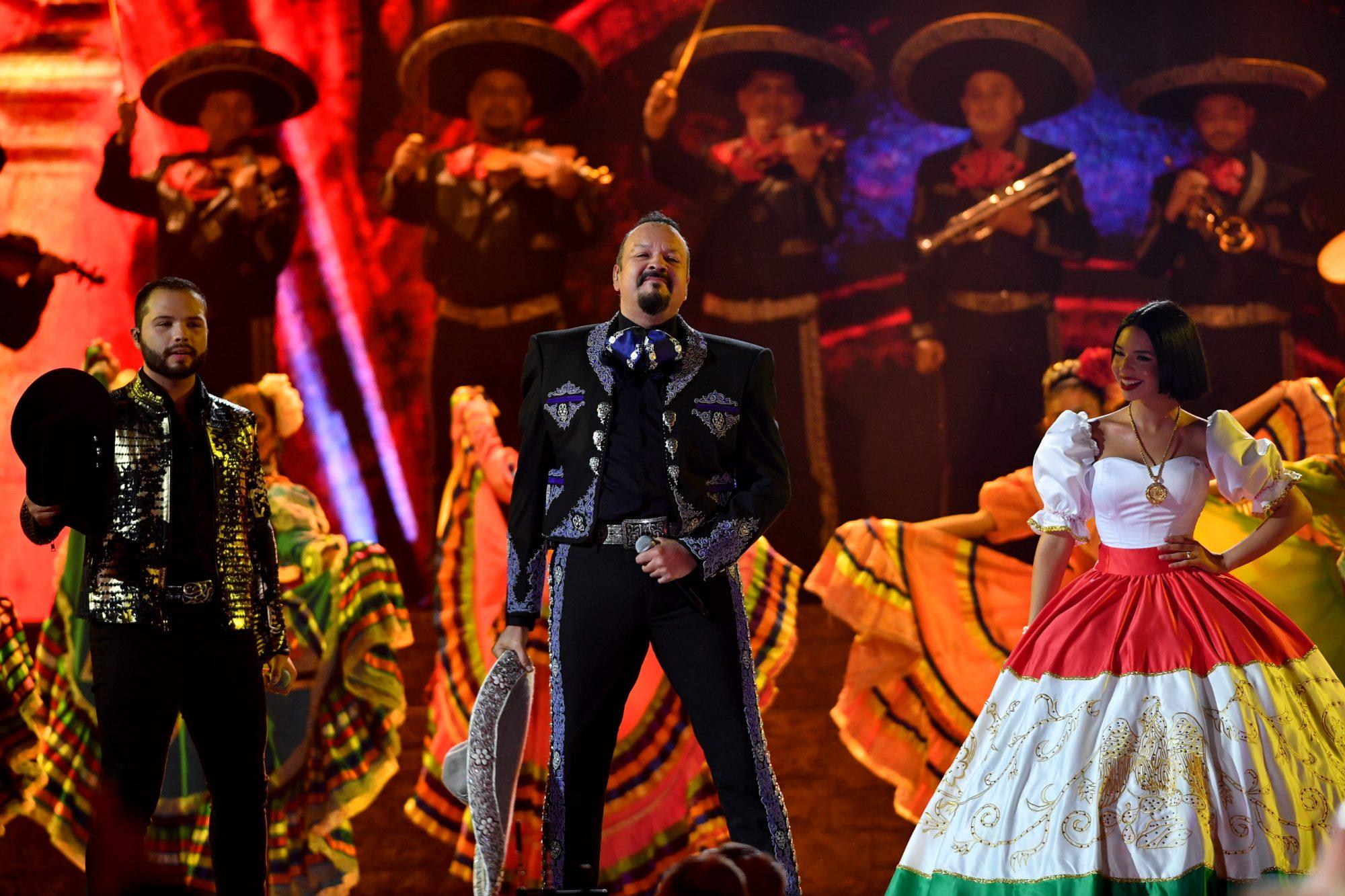 Pepe y Angela Aguilar