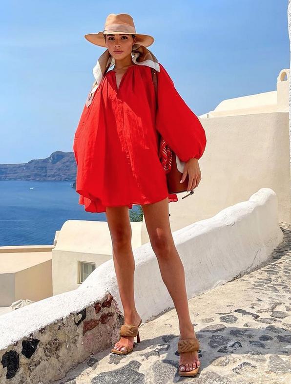 Olivia Culpo, look del dia, Grecia, Santorini