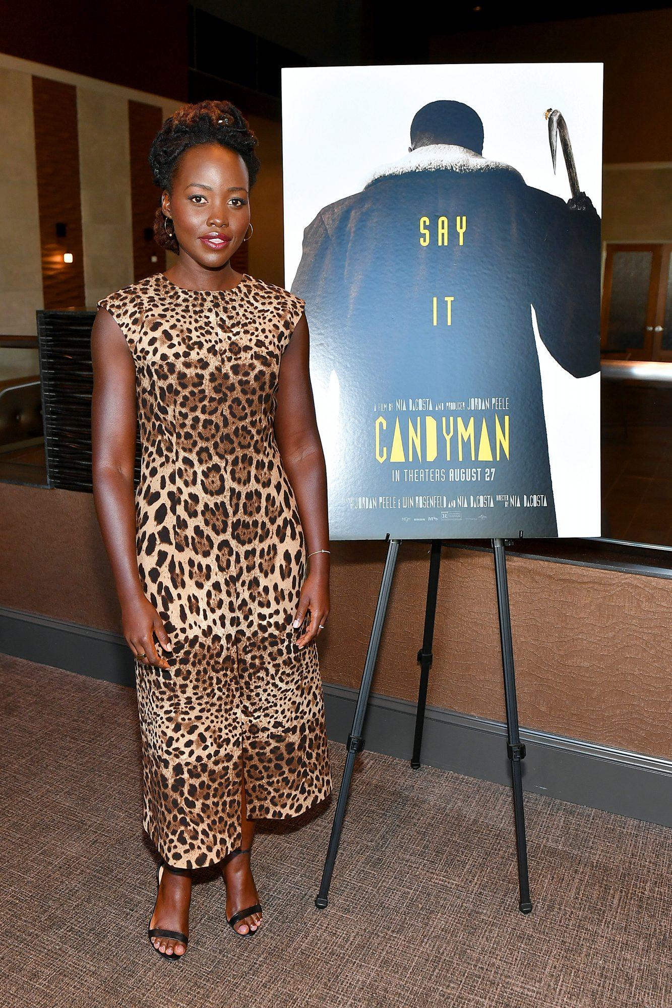 Lupita Nyong'o, look del dia, vestido con estampado de leopardo