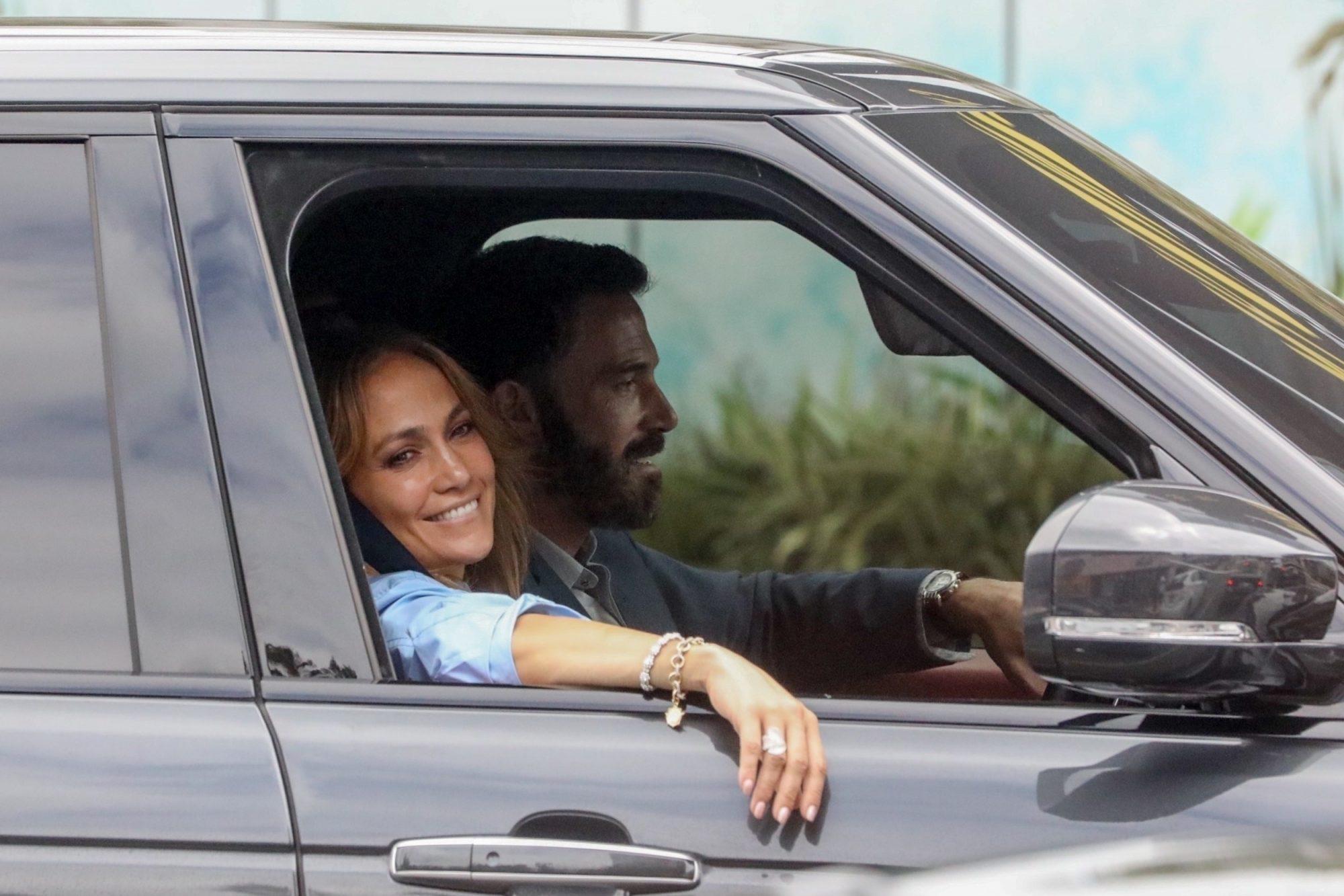 Jennifer Lopez Ben Affleck Magic Castle