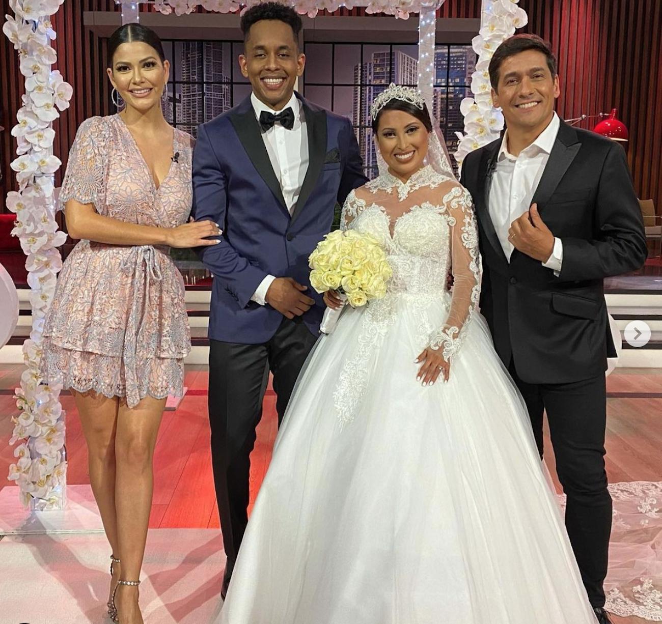 Ana Patricia junto a Daniela Rodríguez, su esposo y Rafael Araneda