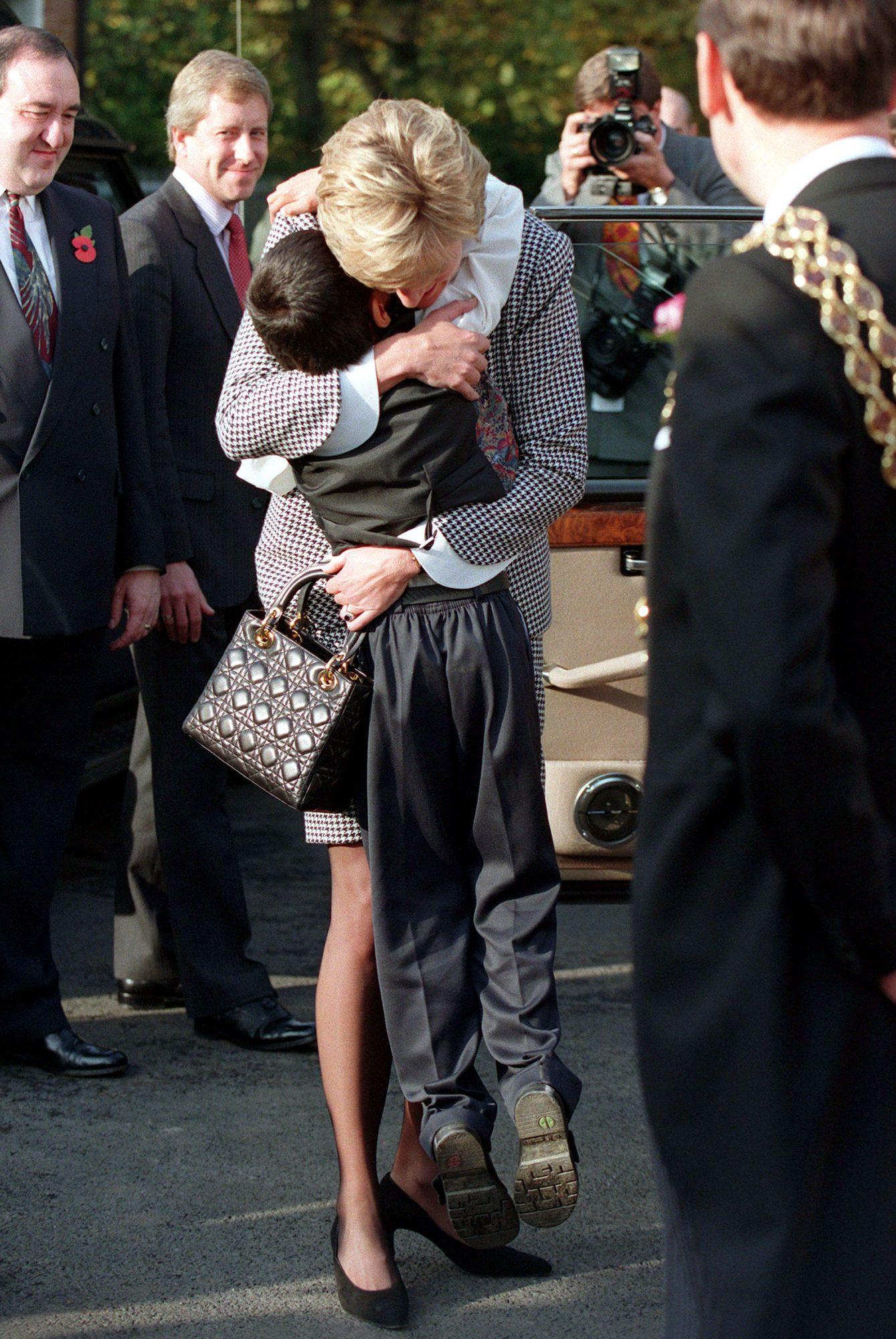 Princesa Diana y su bolso DIor