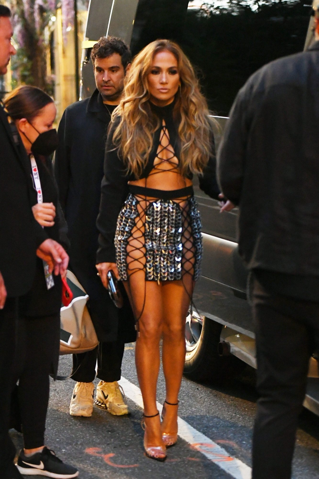 Jennifer Lopez Wears Sparkly Lace Up Skirt & Cleavage-Baring Crop Top at the 2021 MTV VMAa