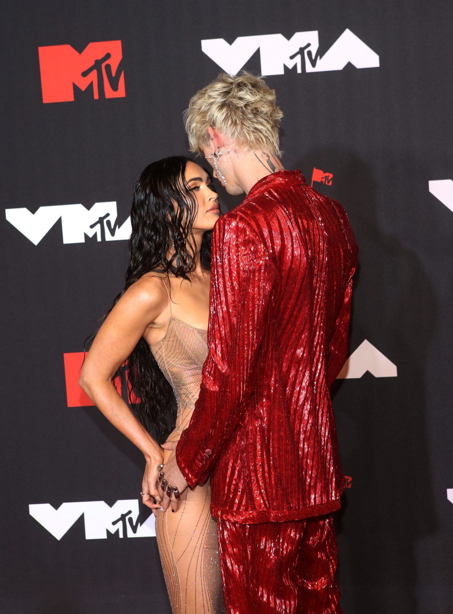 Megan Fox y Machine Gun Kelly 2021 MTV VMAs