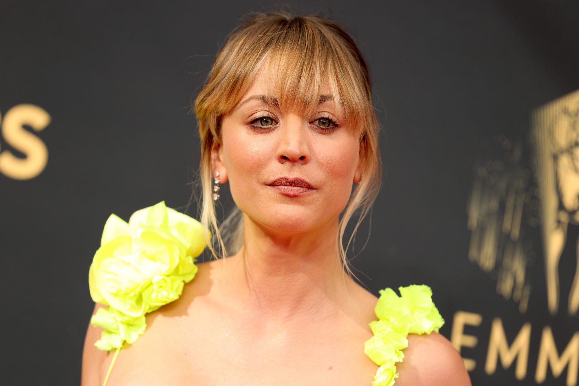 Kaley Cuoco, Emmys 2021