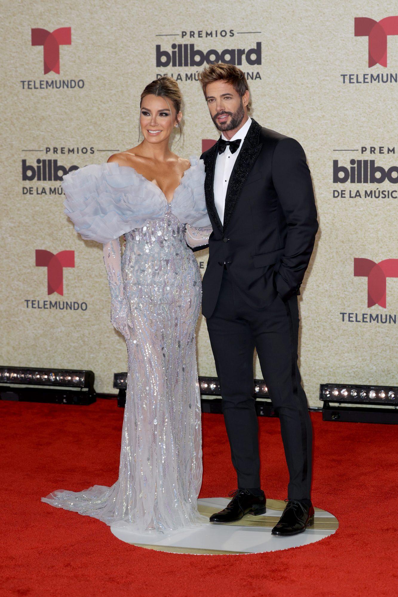 William Levy y Elizabeth Gutierrez Billboard latinos