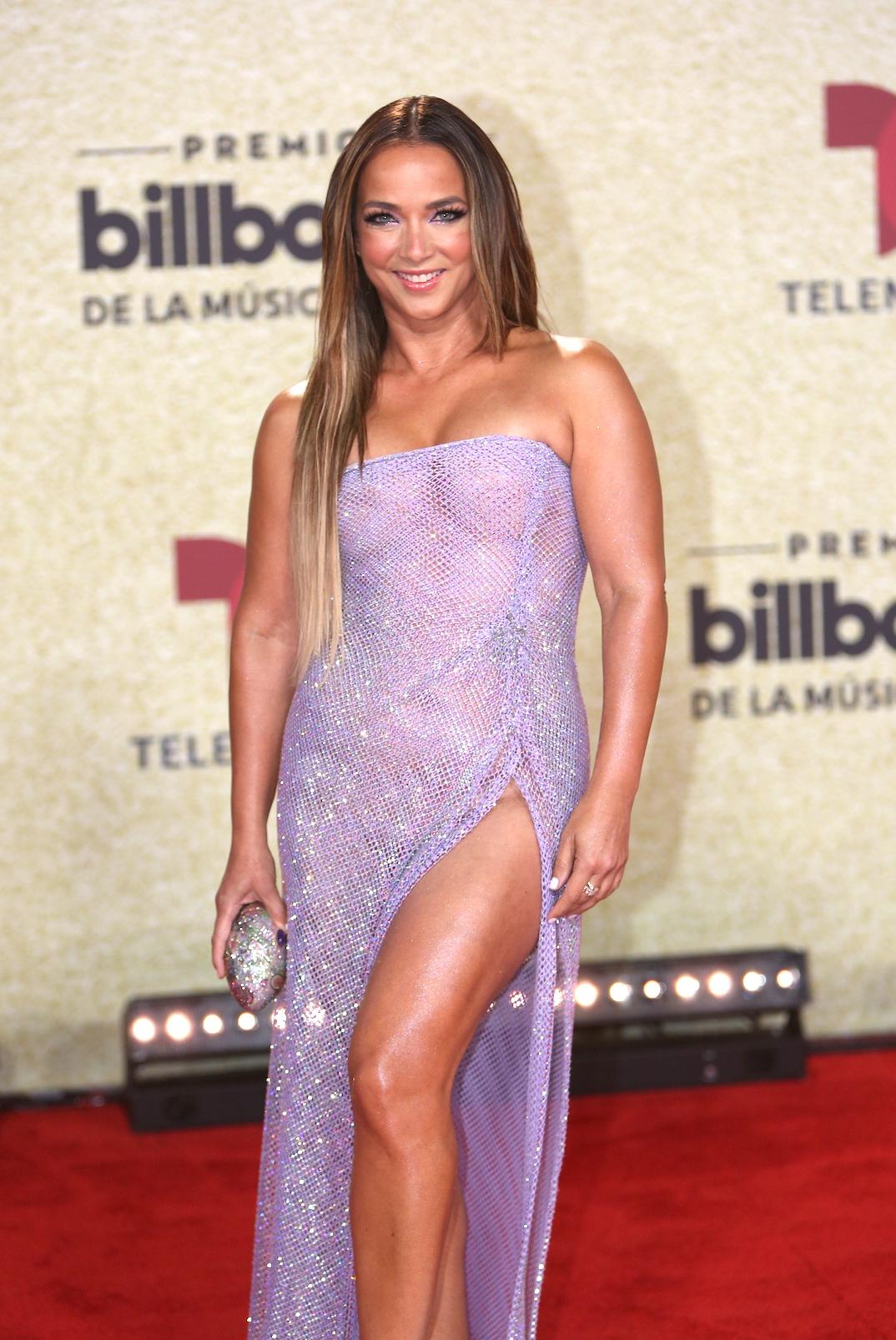 adamari lopez, de de belleza, premios Billboard 2021