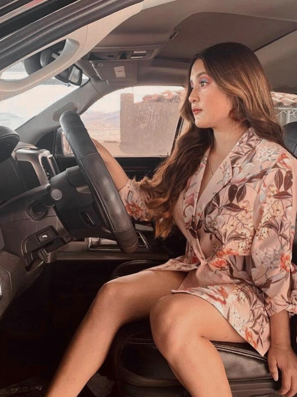 """¡Ya maneja! Rubí compartió esta foto en su auto con el mensaje: """"Sé quien quieras ser sin miedo"""""""