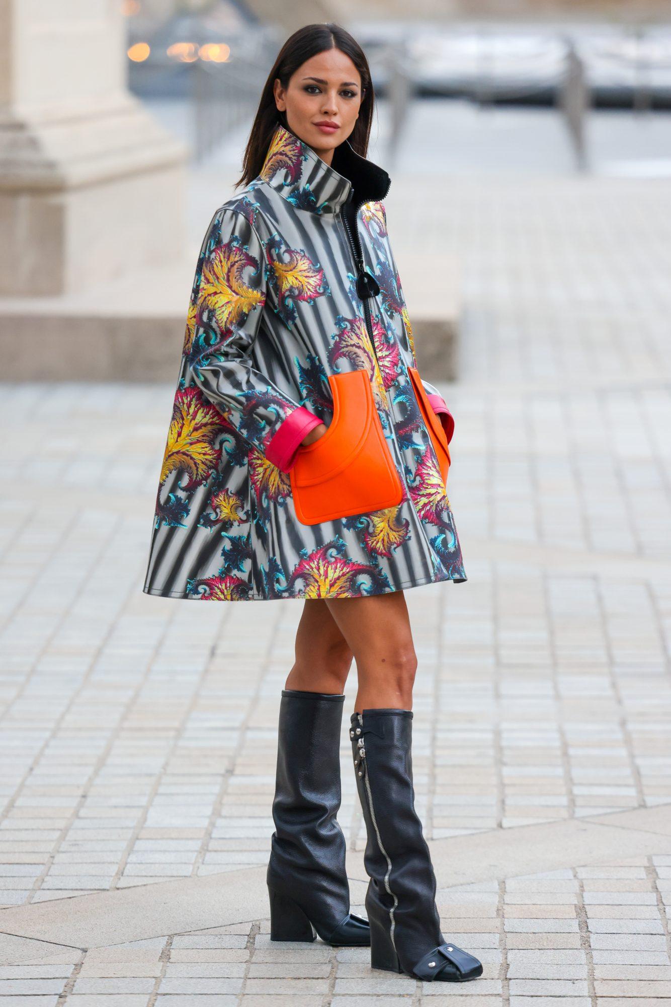 Eiza Gonzalez Semana Moda Paris