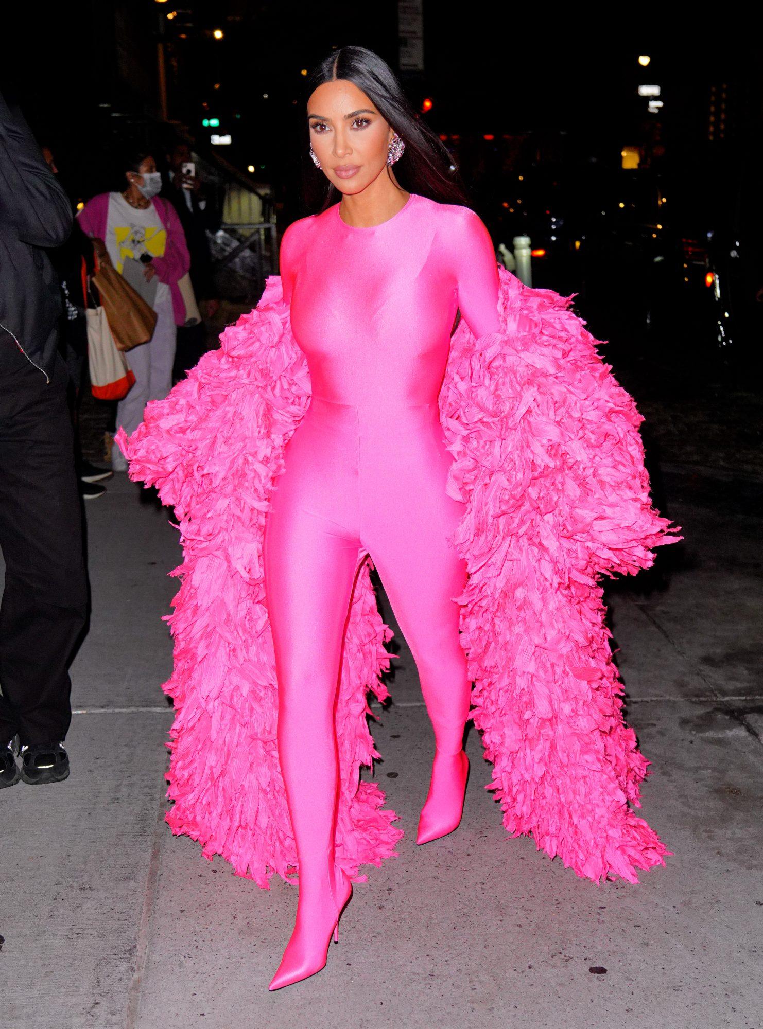 Kim Kardashian amor Balenciaga