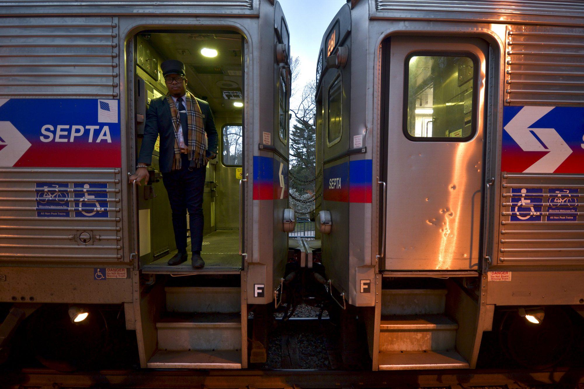 Tren SEPTA en una estación de Filadelfia