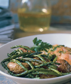 Pan-Roasted New Potatoes With Asparagus