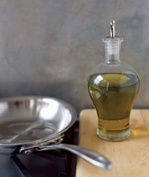 Olive oil and pan