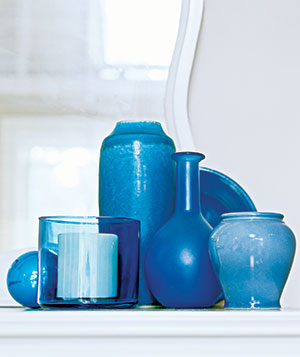 Repeat Vases for a Sculptural Effect