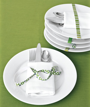 Wind Decorative Rubber Bands Around Place Settings