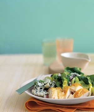 roast chicken with blue cheese and lettuce