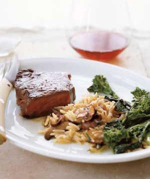 """Steak With Quick Mushroom """"Risotto"""""""