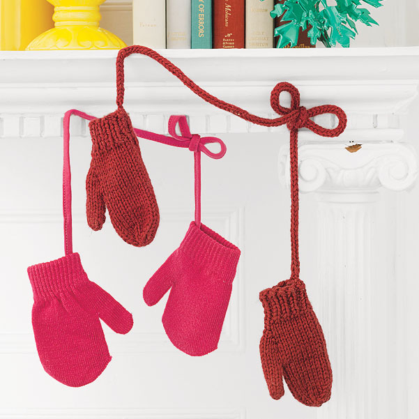 Easy Holiday Decorating Ideas, Mittens