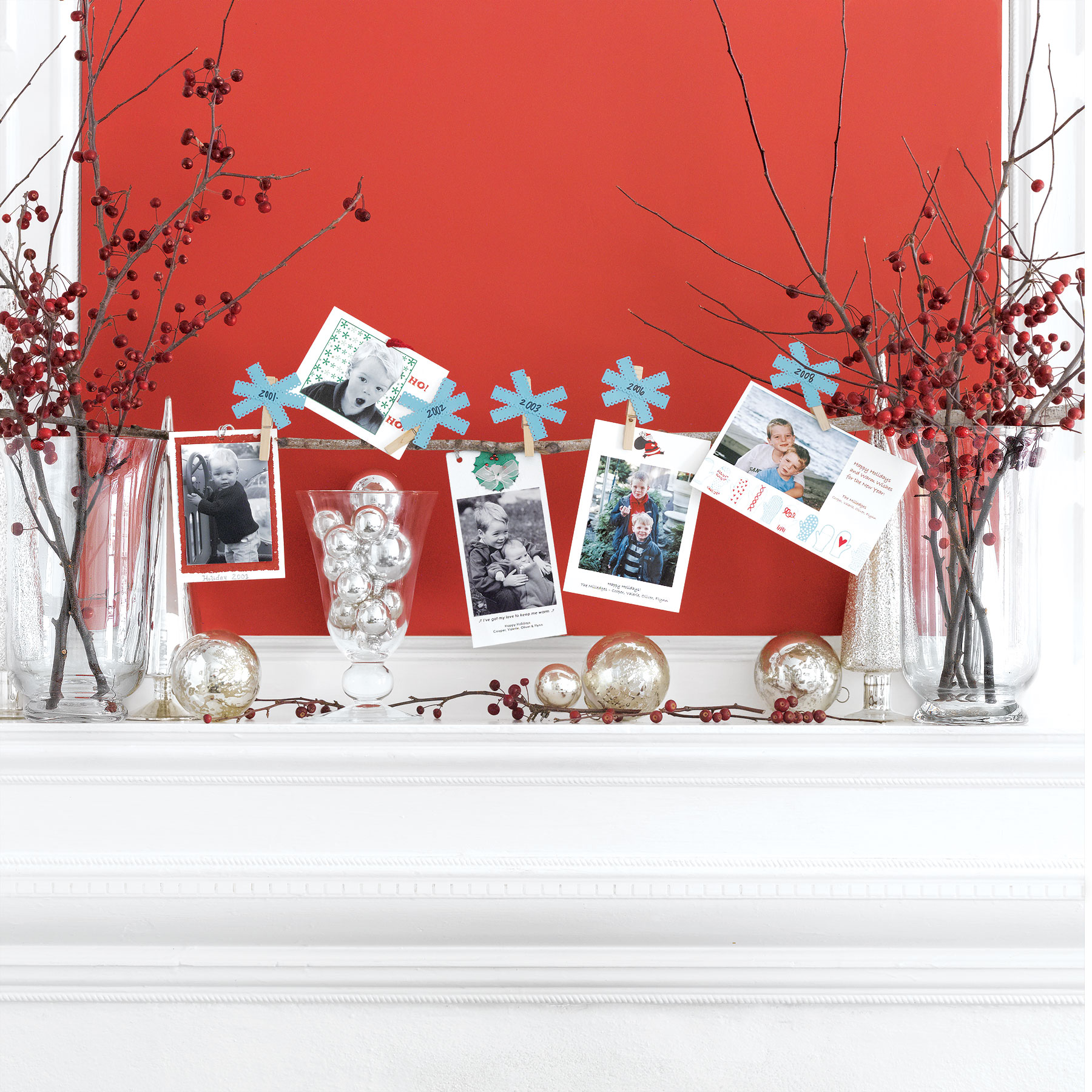 Easy Holiday Decorating Ideas, Holiday Cards Display