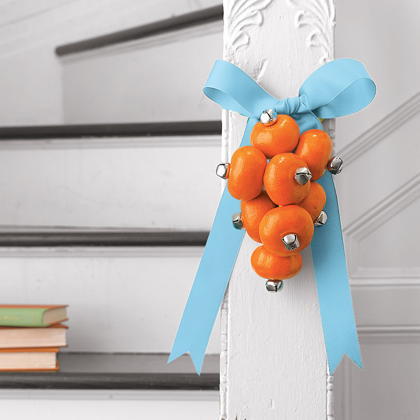 Clementine wreath with jingle bells