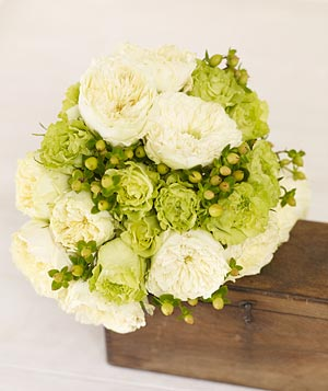 Bouquet of green roses