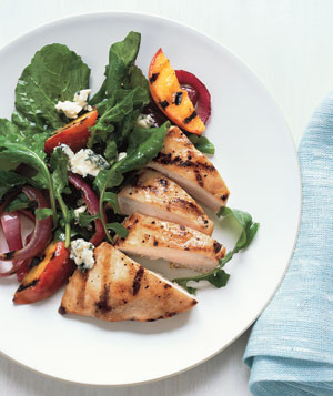 Chicken With Grilled Peaches and Arugula