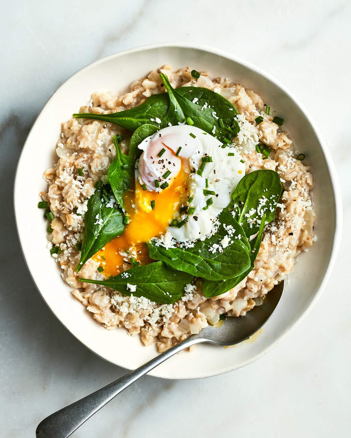 Savory Oatmeal With Spinach and Poached Eggs